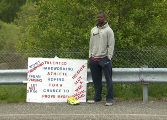 NFL Hopeful Outside Pats' Stadium for Over a Month for Chance to Try Out - Yahoo