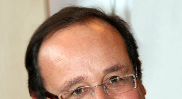 French President Francois Hollande pays $11,000 a month for haircuts