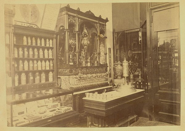 Victorians Drank Soda Out Of Monstrous Gilded Machines | Atlas Obscura