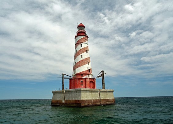 4 Michigan Lighthouses Are Up For Sale
