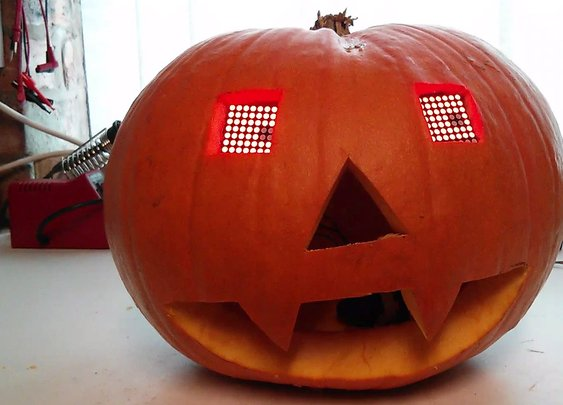 7 Ideas for Automating Your Halloween Porch Display
