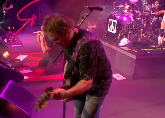 "Chickenfoot Covers Deep Purple's  ""Highway Star"""