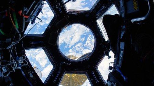 Space Station Fisheye Fly-Through 4K (Ultra HD) - YouTube