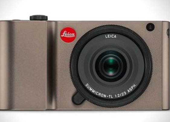 Leica Unveils the TL Mirrorless Camera