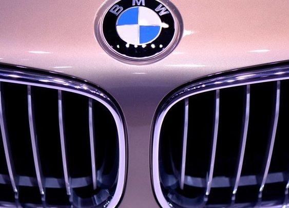 BMW Remotely Locks Stolen Car With Alleged Thief Still Inside