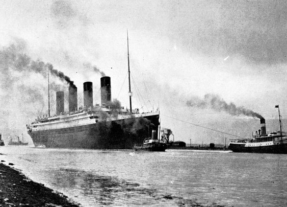 China is building a life-sized replica of the Titanic
