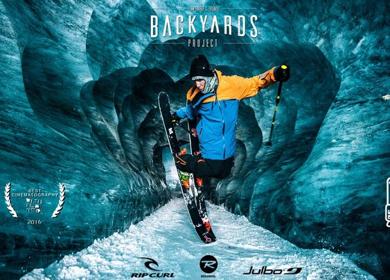 Sam Favre Skis a Glacier