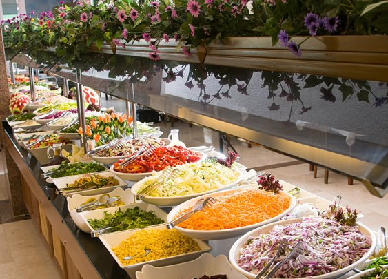 What It's Like to Work at a Buffet Restaurant