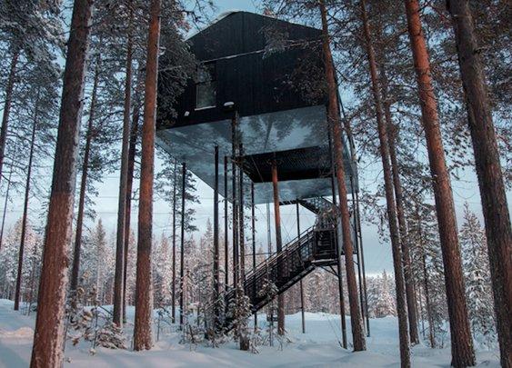 Sweedish Cabin Allows You to Sleep Among the Trees