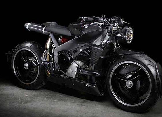An insane Yamaha YZF-R1 cafe racer by Lazareth