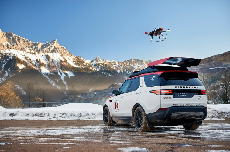 Land Rover's new Discovery search and rescue SUV has a roof-mounted drone | TechCrunch