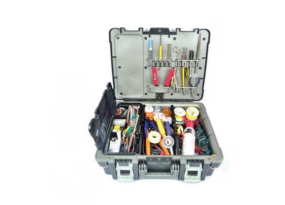 Prepare for Repairs with the Ultimate Electronics Field Kit