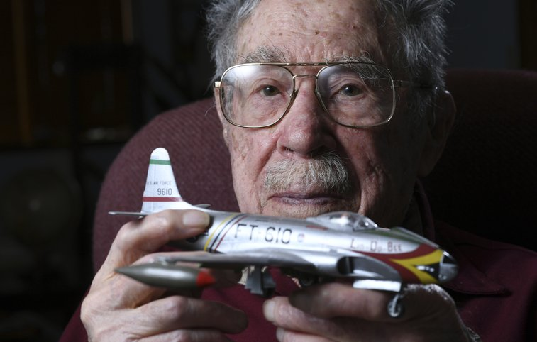104-year-old Air Force veteran reflects on his life and career