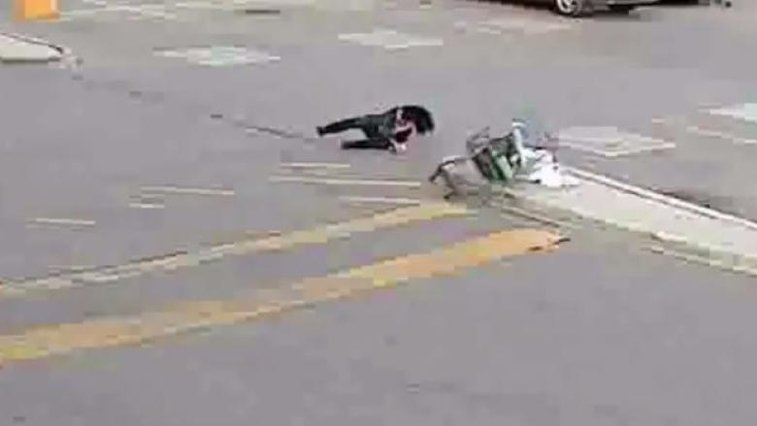 WATCH: Shoplifter Falls Flat on Her Face Running Out of Walmart | Fox News Insider