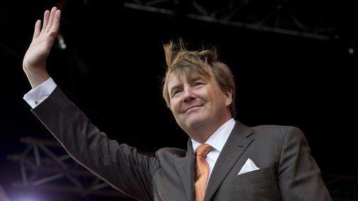 Dutch King Reveals Secret Life As Part-Time Pilot On KLM Airline