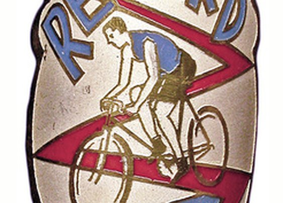 Headbadge Hunter: Rescuing the Beautiful Branding of Long Lost Bicycles | Collectors Weekly