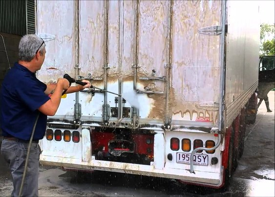 Touchlessly Cleaning a VERY Dirty Trailer - YouTube