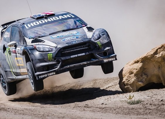 KEN BLOCK'S TERRAKHANA: THE ULTIMATE DIRT PLAYGROUND; SWING ARM CITY