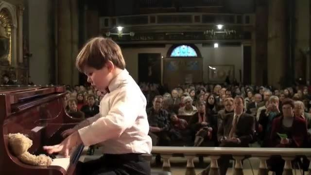 Youngster nails Beethoven's Sonata Pathetique