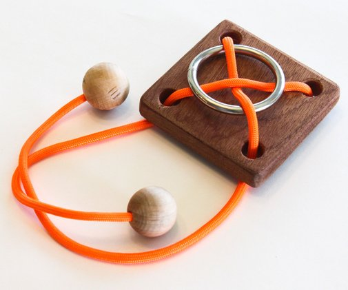 Rope / Ring Puzzle: 8 Steps (with Pictures)