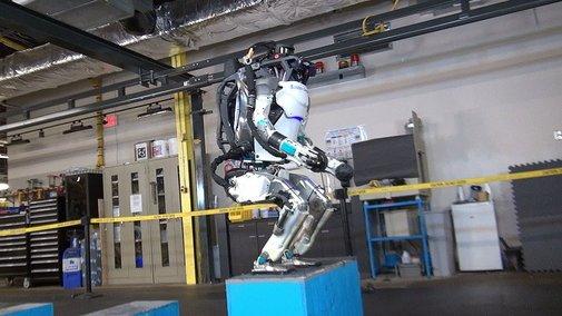 Boston Dynamics Robot Can Now Do Backflips