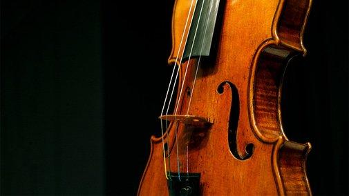 Million-dollar Strads fall to modern violins in blind 'sound check'