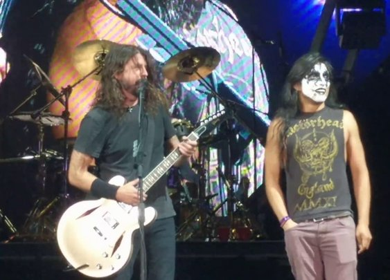 Dave Grohl Invites Kiss Guy to Play Monkeywrench