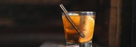 Bitter Stix: Flavored Oak Sticks That Make the Perfect Cocktail