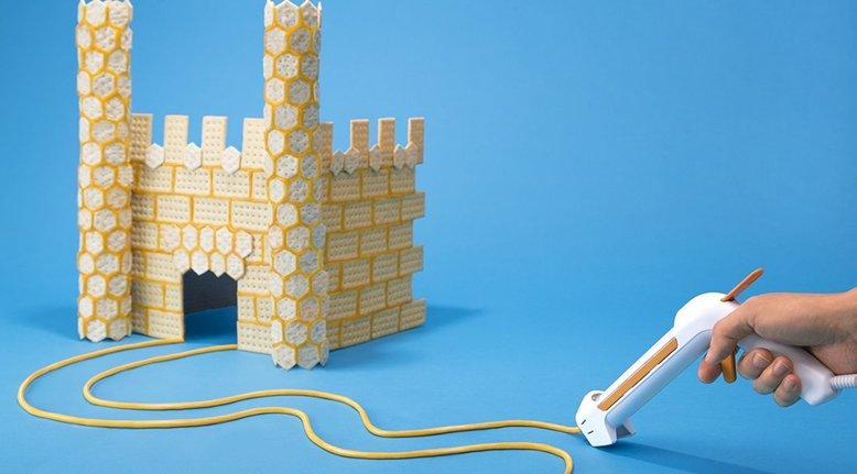 Fondoodler: Hot Glue Gun for Cheese