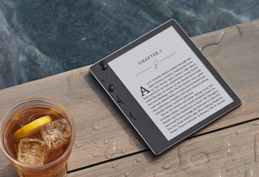 Kindle Oasis: Waterproof and Glare Proof