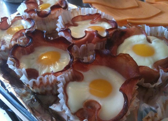 Bacon and Egg Breakfast cupcakes