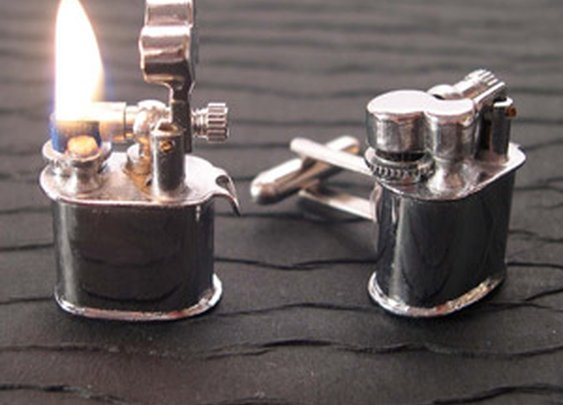 Vintage lighter cufflinks that work