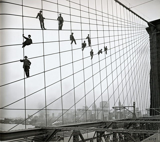 Painters on the Cables of the Brooklyn Bridge - 1914