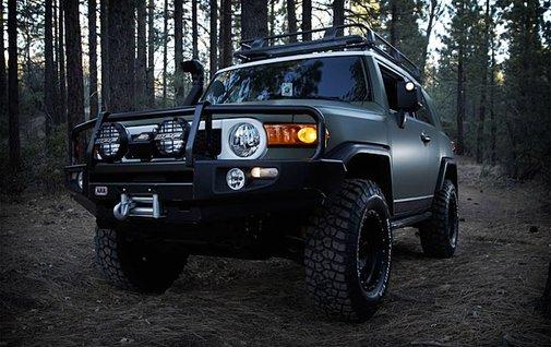 Xplore Toyota FJ Cruiser | Uncrate