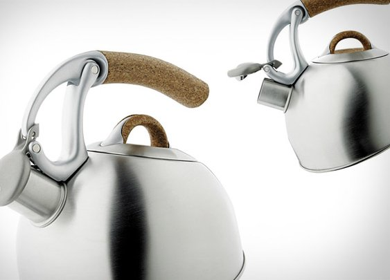 OXO Anniversary Edition Uplift Tea Kettle | Uncrate
