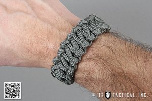Quick Release Paracord Bracelet for Emergency Deployment