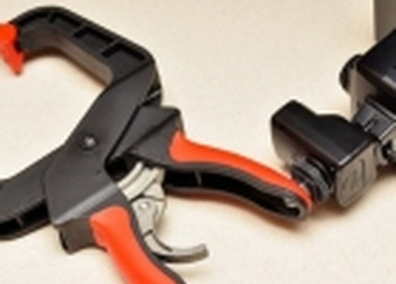 DIY SuperClamp Secures Your Camera Flash Anywhere