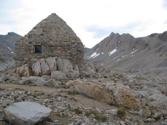 Muir Trail Hut