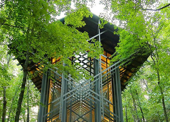 Thorncrown Chapel – Open Air Cathedral (15 Pics)