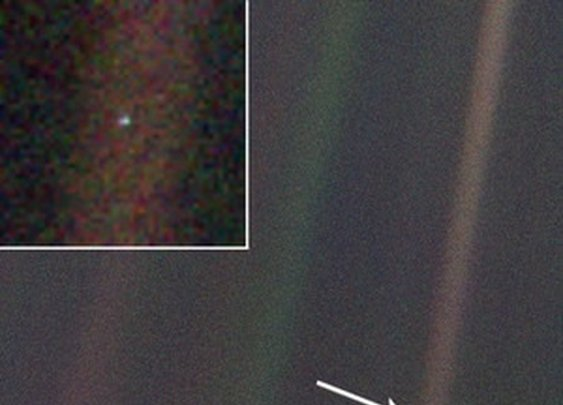 Pale Blue Dot (that's Earth)