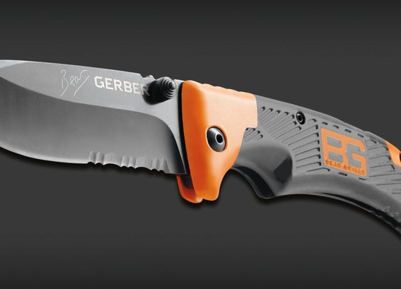 Bear Grylls Survival Series Scout, Drop Point, Serrated