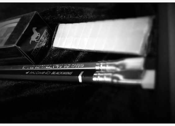 Another pic of the Blackwing @kloutperk