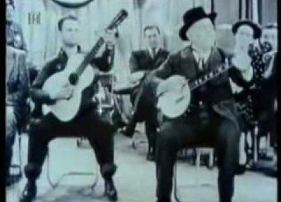 Uncle Dave Macon & his son Dorris      - YouTube