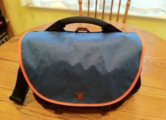 It's not a purse, it's a satchel.  Indiana Jones had one. | Modern Vintage Man