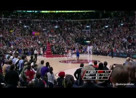 Jeremy Lin Game Winner @ Toronto Raptors 14/2/12      - YouTube