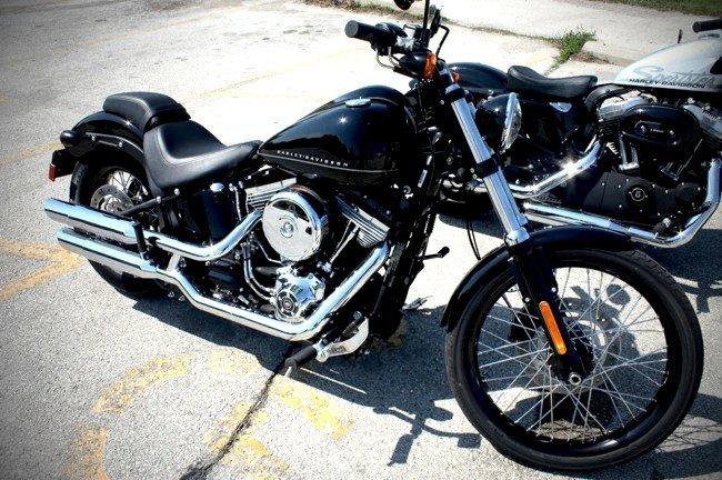 Behind the Wheel | Darker Shade of Black: Harley-Davidson Dark Custom | Gear Patrol