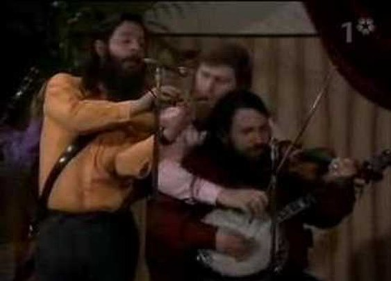 The Dubliners - Octopus Jig - YouTube