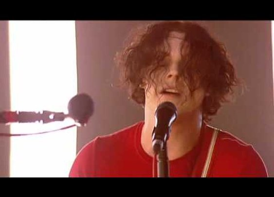 The White Stripes - Ball and Biscuit - PARIS 2007