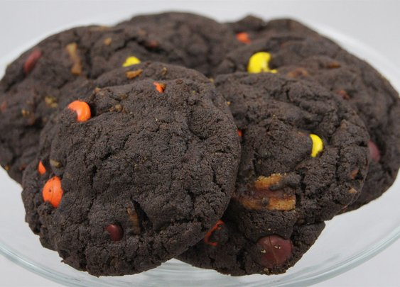 chocolate peanut bacon cookies