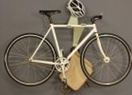 Floating bike « THE BETTER MAN Inc.